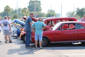 Golden Oldies Car Show at Hammond Square